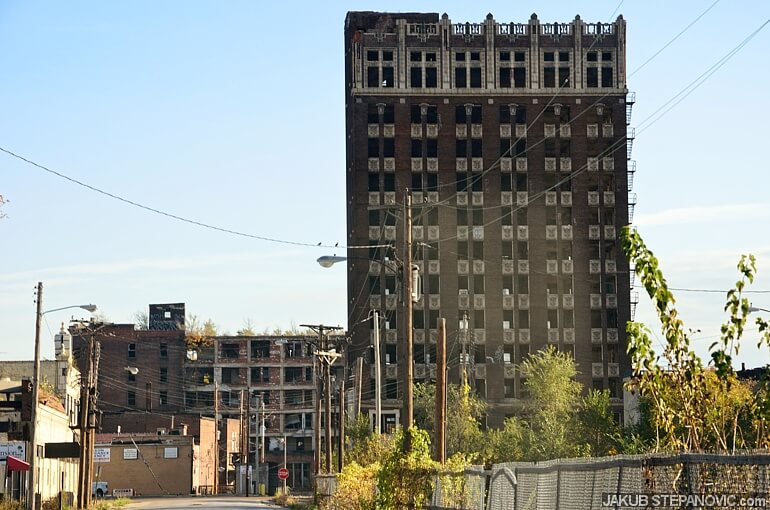 The Spivey Building, built in 1927, used to be the pride of the city. Nowadays it is empty, broken, vandalized, burned.. Ready to be torn down